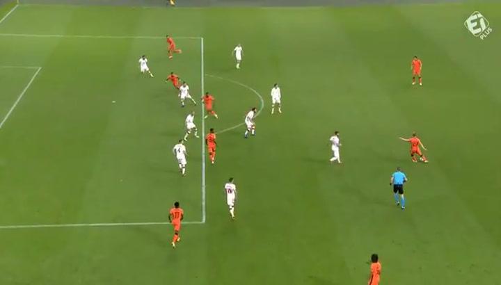 1-0: un gran pase de Frenkie de Jong ilumina a Holanda