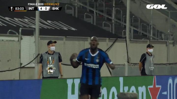 Doblete de Lukaku ante el Shakthar, con un segundo tanto que recordó a Ronaldo Nazario