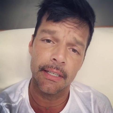 Ricky Martín expresó su tristeza por el paso arrasador del huracán Irma por el Caribe