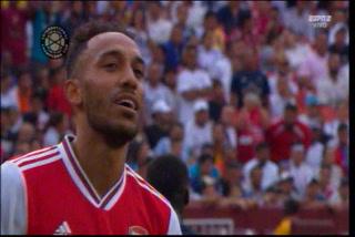 ¡GOL DEL ARSENAL! Aubameyang marca el 0-2 al Real Madrid