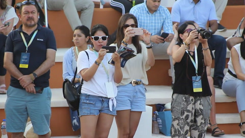 Rafael Nadal inaugura academia de tenis en México