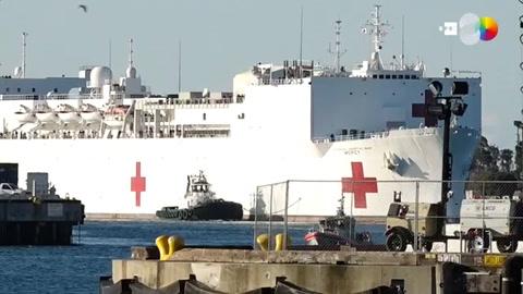 Llega a Los Ángeles un buque hospital con 1.000 camas de apoyo ante COVID-19