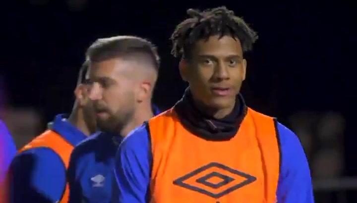 Todibo ya está plenamente integrado en la disclipina del Schalke