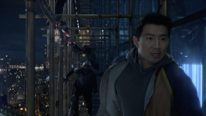 'Shang-Chi and the Legend of the Ten Rings' Clip: Scaffolding Escape
