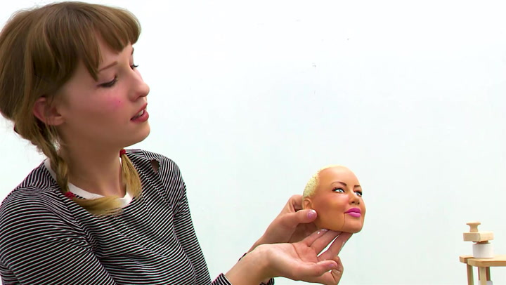 The Making of Amber Rose's Puppet