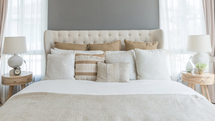 Use These 5 Tricks To Give Your Bedroom A Luxe Look For Less