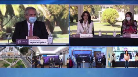 Gobierno y acreedores de Argentina celebran acuerdo para reestructurar deuda
