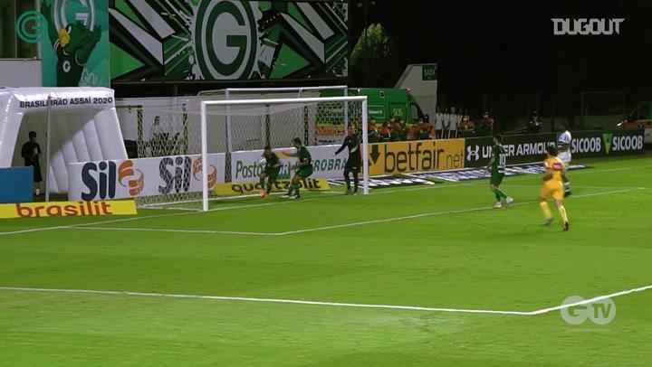 Goiás draw against Coritiba at Serrinha Stadium