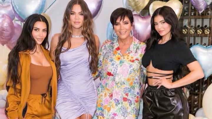 El clan Kardashian celebra los tres años de True con una espectacular fiesta \'sueño pastel\'