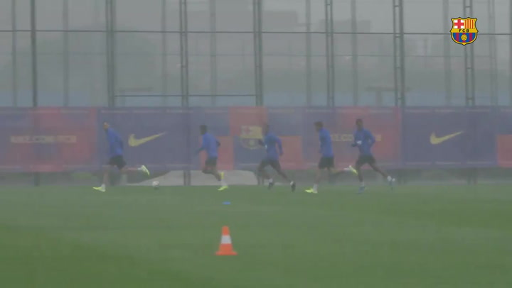 El Entrenamiento del Barça, pasado por agua