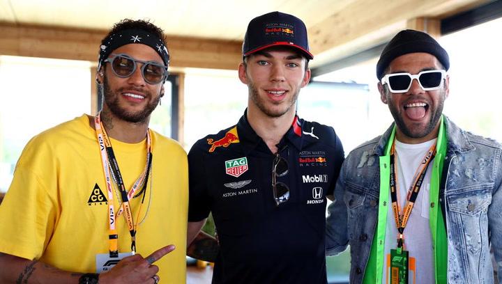 Neymar, Alves y Rabiot juntos en Barcelona para ver la F1