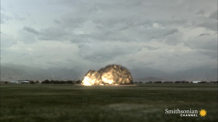 Photographer Witnesses Final Moments Before Plane Crash