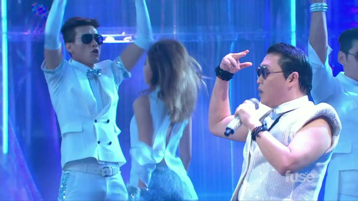 Shows: Much Music Video Awards 2013: Psy Perf