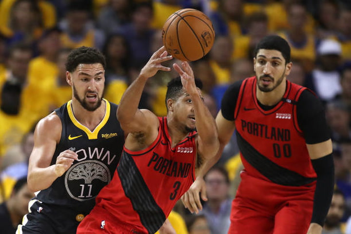 Analyzing Jacob Evans' potential at backup point guard