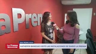 Katheryn Banegas visitó las instalaciones de Diario La Prensa