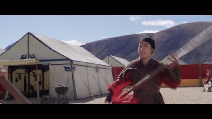 """'Mulan' Clip: """"Mulan Fights Chen Honghui"""""""