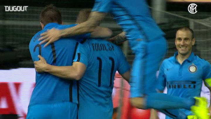 Lukas Podolski opens Inter account