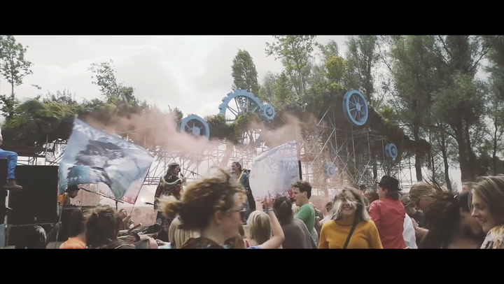 Down The Rabbit Hole wint Best Medium-Sized Festival Award