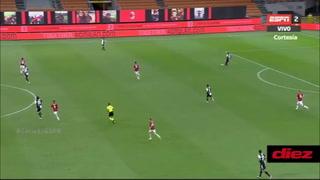 ¡Hasta los errores aprovecha! Cristiano Ronaldo y su gol ante el Milan en la liga italiana