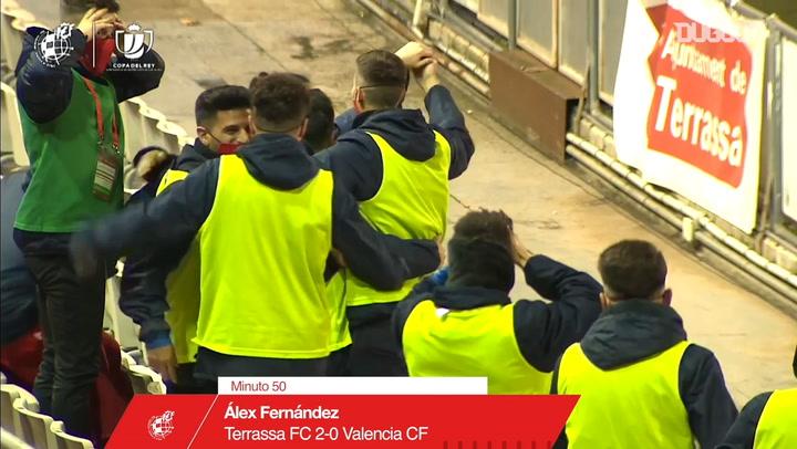 Spanish fourth-tier player scores superb free-kick goal against Valencia