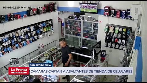 Cámaras captan a asaltantes de tienda de celulares en San Pedro Sula