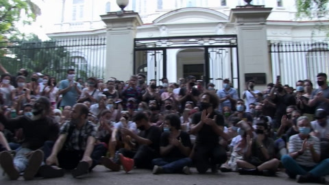 Gobierno de Cuba rompe negociaciones con artistas sobre libertad de expresión