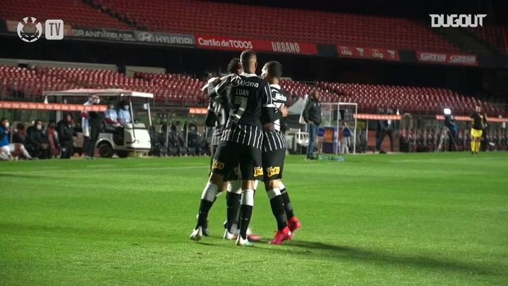 Goals of Corinthians victory against Red Bull Bragantino