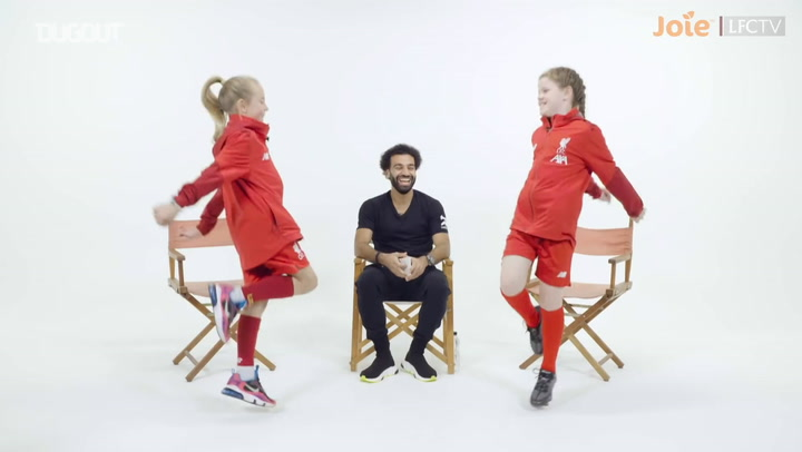 Mohamed Salah gets quizzed by Liverpool Women U9s