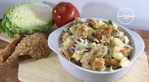 Cocinando con Mayte: Cómo hacer una yuca con chicharrón hondureña