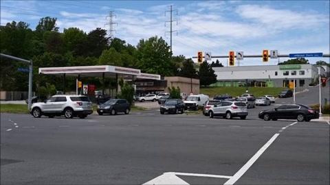 Pánico de automovilistas a escasez de gasolina en EEUU