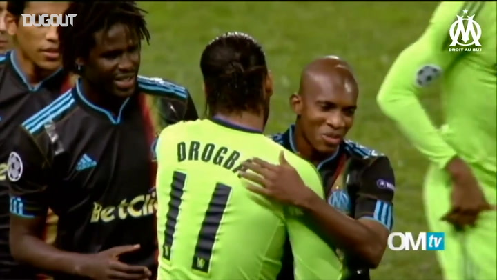 Marseille Fans Pay Tribute To Didier Drogba