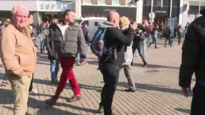 Politie grijpt in bij tegendemo Utrecht
