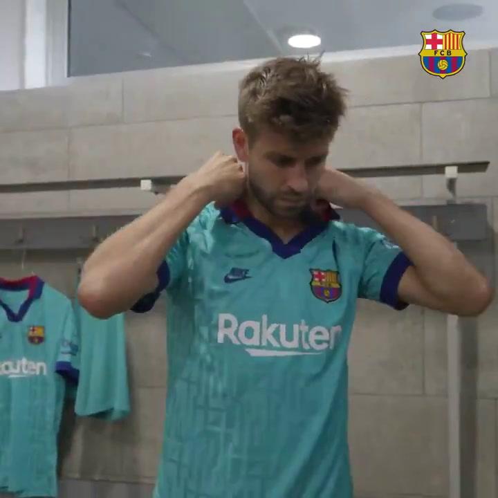 El Barça presenta la tercera equipación de la temporada
