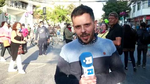 Choques entre manifestantes y policía antes del inicio del Festival de Viña