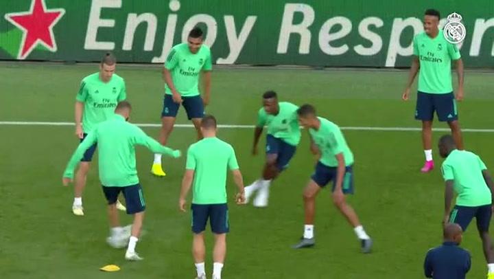 El Real Madrid se ejercitó en el Parque de los Príncipes