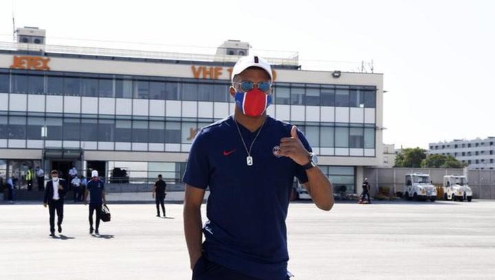 Mbappé hace parte del entrenamiento con el grupo a tres días de la Champions