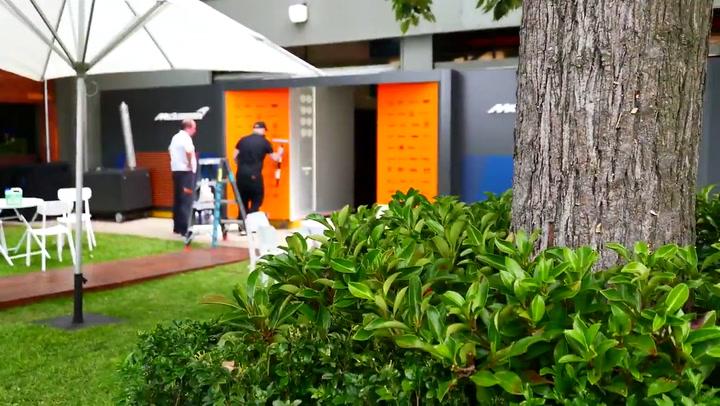McLaren preparaba la carrera de Australia