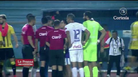 Video: La expulsión de Pedro Troglio tras el final del Real España - Olimpia