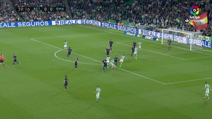 Gol de Sidnei (1-0) en el Betis 2-1 Real Madrid