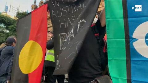 Miles australianos protestan en la calle contra racismo y muertes aborígenes