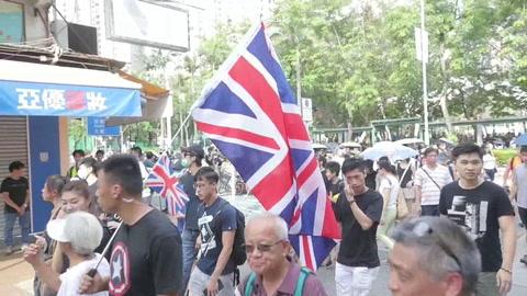 Nueva jornada de protestas en Hong Kong, esta vez contra comerciantes chinos