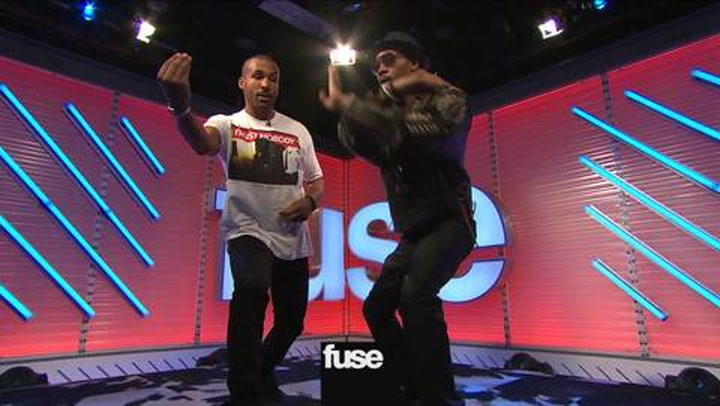 Interviews: Let RZA Show You Kung Fu Moves From 'Man With the Iron Fists'