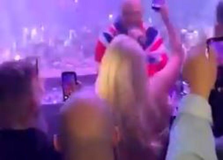 Así celebró Tyson Fury la victoria en Las Vegas