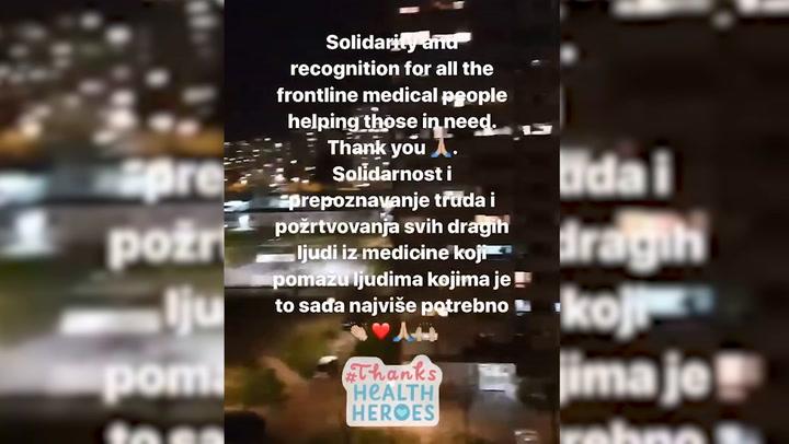 Djokovic aplaude a los sanitarios