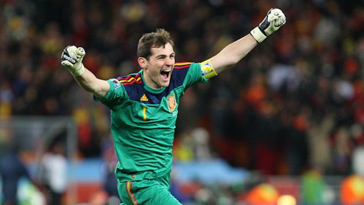 Iker Casillas anuncia su retirada definitiva