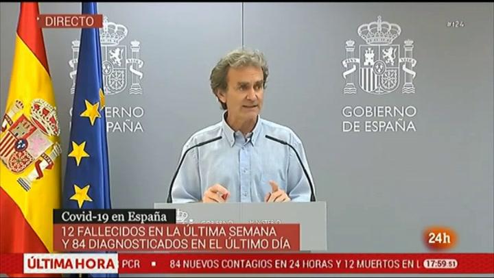 Fernando Simón responde a una crítica recurrente estos días