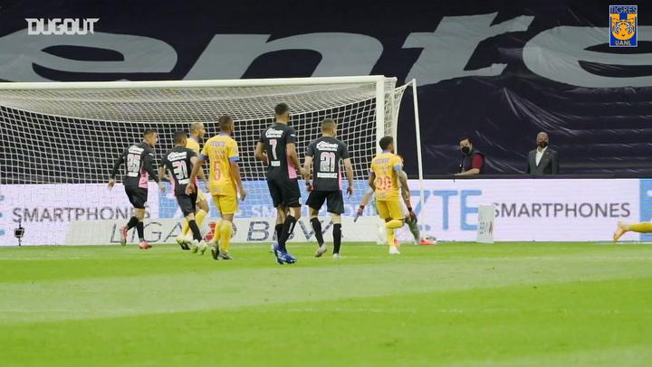 Behind the scenes: Tigres win vs Cruz Azul at the Estadio Azteca