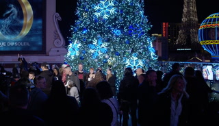 Cosmopolitan Tree Lighting Starts the Las Vegas Holiday Season – VIDEO