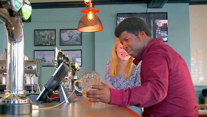 Øltørste kunder rundlurt av puben