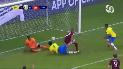 Brasileño Marquinhos anota el primer de la Copa América 2021